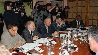 Потписан споразум за електрификацију повратничких домаћинстава (27.11.2015.)