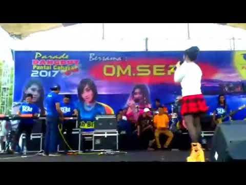 #NEWVIDEO VIA VALLEN - OAOE (SERA LIVE PANTAI CAHAYA KENDAL 26 MARET 2017)
