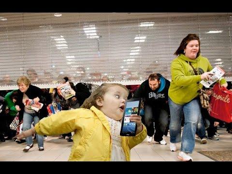 Walmart Black Friday Shoppers Go Crazy On Black Friday