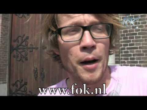 Giel Beelen spuugt op FOK!