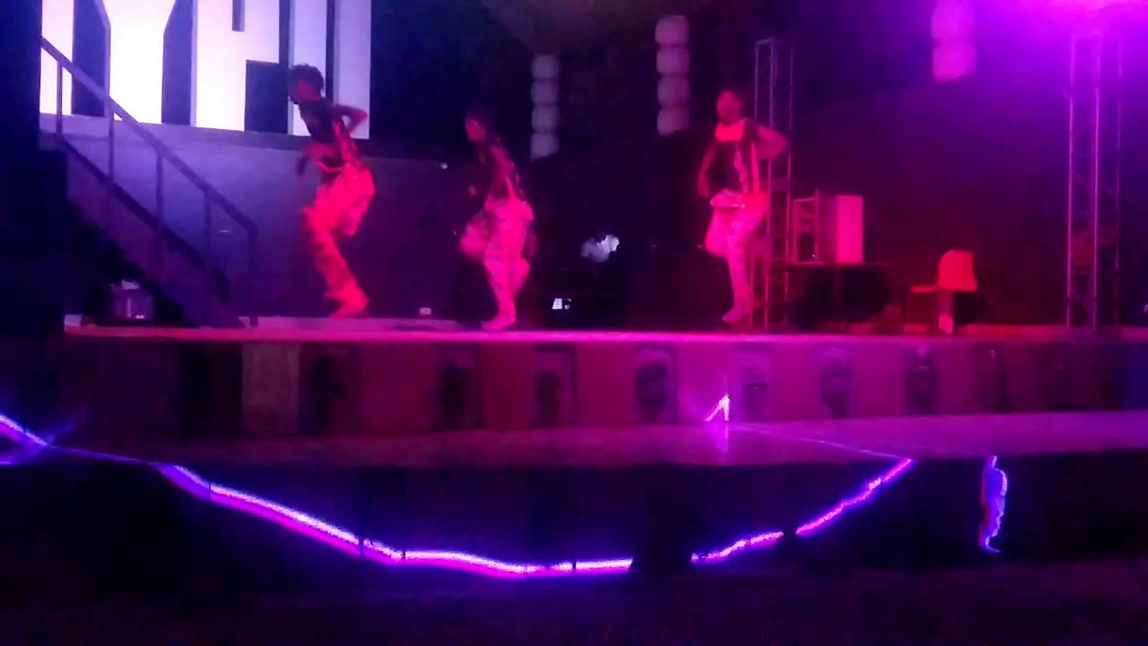 GAMBIA STAR DANCERS live performance  sabar dance