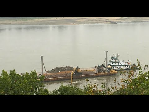 Major dredging event underway on Mississippi River - 24 hours a day!