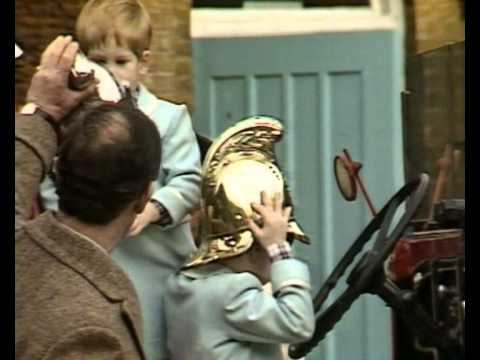 Queen with young Prince William, Zara and Peter Phillips