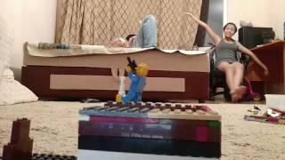 Лего война и танцующие великан ,террористы выйграли😣😣😣