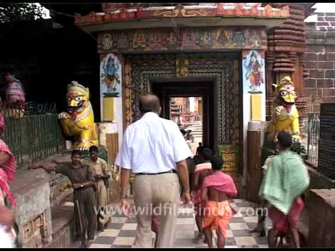 Grand entrance of the Lingaraja Temple in Bhubaneswar