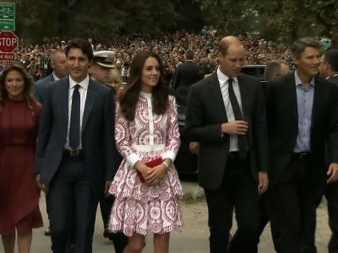Raw: Trudeau Greets Duke, Duchess of Cambridge