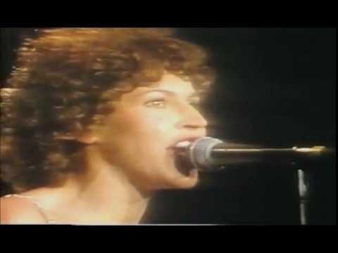 HELEN REDDY - I AM WOMAN - 1976 LAS VEGAS CONCERT - QUEEN OF 70s POP