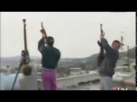 Kurva shqiptare qihet me rradhe nga dy burra - 4 3
