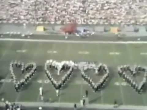Super Bowl VII Halftime in 1973 featuring Andy Williams!