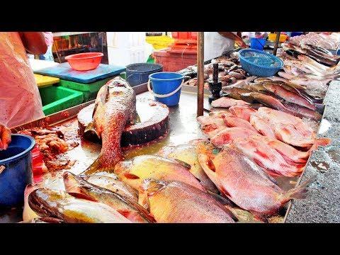 Fresh Seafood Market In Malaysia Kuala Lumpur Street (KL)  In Pudu Area. ( Alive & Fresh - Seafood )