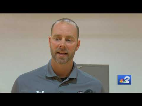 Evangelical Christian School continues tradition of in-school basketball game