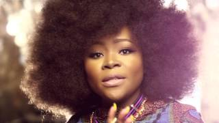 Смотреть клип Omawumi Ft. Angélique Kidjo - Play Na Play