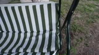 видео Дачные садовые качели Глория трехместные с навесом