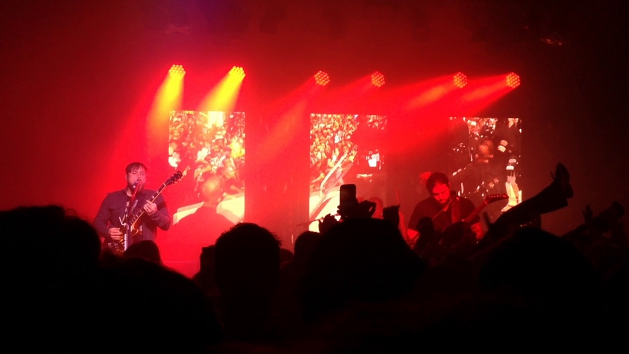 coheed and cambria the final cut showbox seattle 4 11 17 youtube. Black Bedroom Furniture Sets. Home Design Ideas