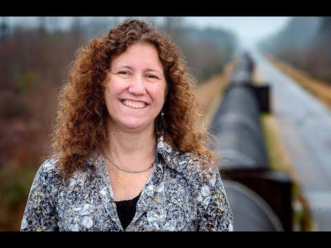 One of the Top 10 Scientist in the World - LSU Physicist Gabriela González