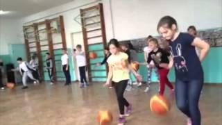 Урок физкультуры 4-В