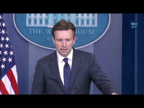 11/28/16: White House Press Briefing