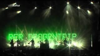 Massive Attack - Inertia Creeps (Live - Melt Festival 2010)
