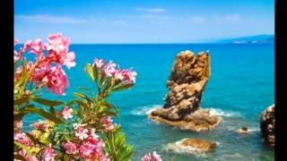 Солнечный Чефалу, Сицилия, Италия(ПОДПИСЫВАЙТЕСЬ на канал впереди будет еще много интересного и КРАСИВОГО. Вот еше ИНТЕРЕСНОЕ видио)) ----..., 2015-12-25T18:42:06.000Z)
