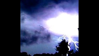 Tripple lightning strike, although they say lightning never strikes twice, slow motion