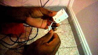 Comment raccorder un téléphone en FICHE GIGOGNE en forme de T sur la livebox PLAY d'ORANGE France Té