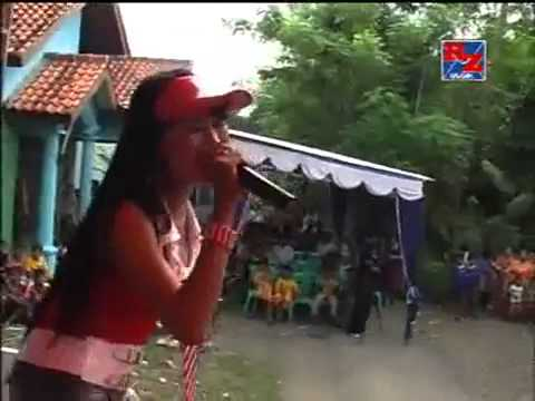 Riza Musik _Ngenteni.avi - YouTube.flv-farel putra kampir larangan brebes
