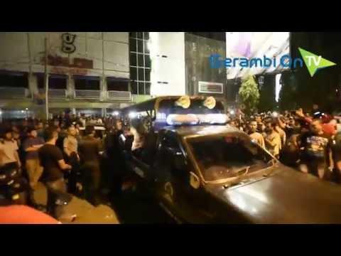 Warga Sesaki Penggerebekan Lokasi Karaoke di Banda Aceh