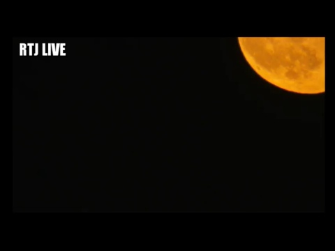 Richard Taylor-Jones Live -Test 2 - Moon Rise over the English Channel