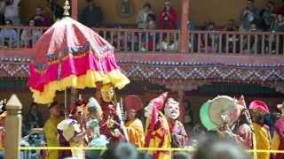 秘境ラダックで12年に一度のヘミス・ツェチュ祭