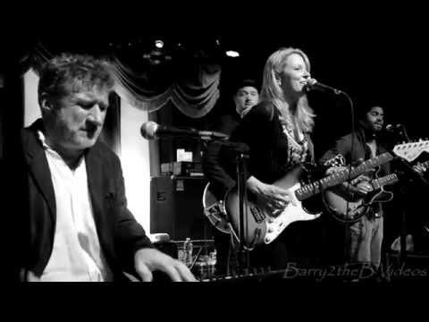 Soulive feat. Susan Tedeschi & Friends - Little By Little @ Brooklyn Bowl - Bowlive 5 - 3/19/14