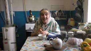 Чаепитие у Варвары Петровны.