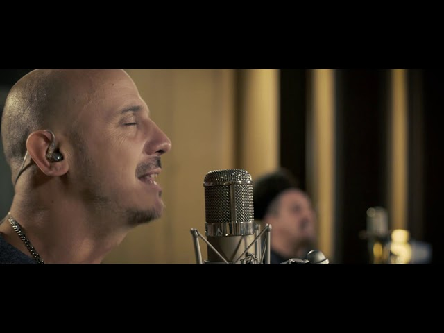 Bersuit Vergarabat - Toco y me voy - Live session