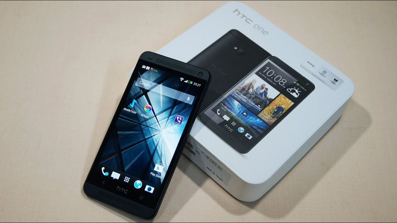 Htc One M7 - Unboxing  U0026 Hands-on - Cursed4eva Com