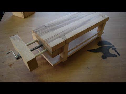 built for fun 23 mini tabli en bois massif pour de la maquetterie youtube. Black Bedroom Furniture Sets. Home Design Ideas