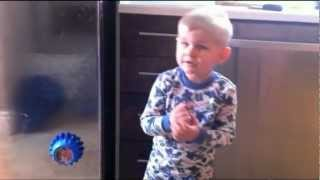 "3 yr old sings ""Chasing Pavements"" by Adele."