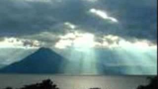 nube gris laberinto