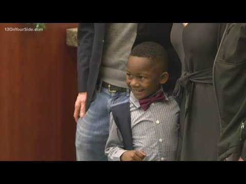 Tony Sandoval on The Breeze - 5 Year-Old invites his entire kindergarten class to his ADOPTION Hearing.
