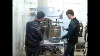 Полуавтоматическая установка мойки и налива в КЕГ, модель