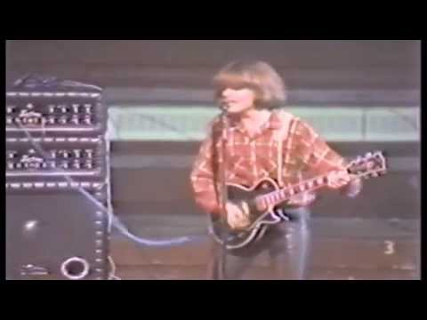 Creedence Clearwater Revival -The fortunate son (live)