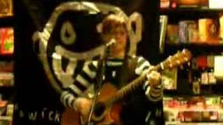 Play Liz And Lisa (Live)