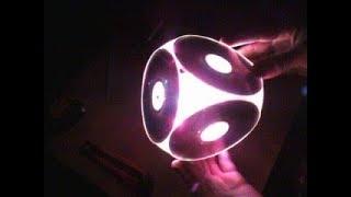 простенький , но реально красивый самодельный светильник , из обычных никому не нужных DVD дисков