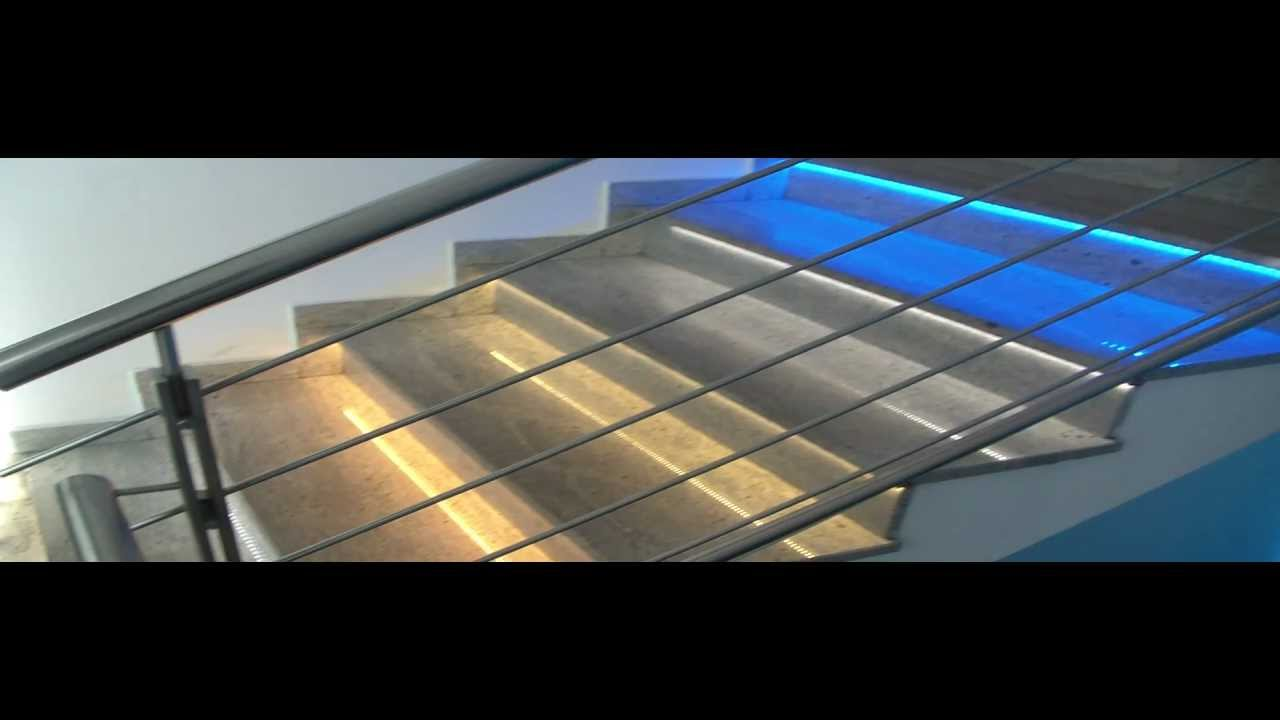 Gradini delle scale illuminate con strisce Led - YouTube