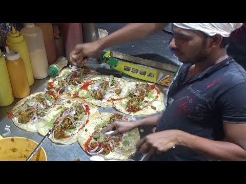 Egg Chicken Roll | Street Food in Delhi Sadar Bazar