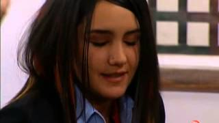 Roberta dice frente la clase que ella y Diego son novios
