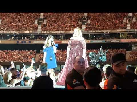 Adele Melbourne - young girl sings HELLO