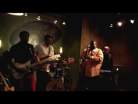 "Al ""The Burner"" Turner LIVE at Beyu Caffe with a little Earth, Wind, and Fire"