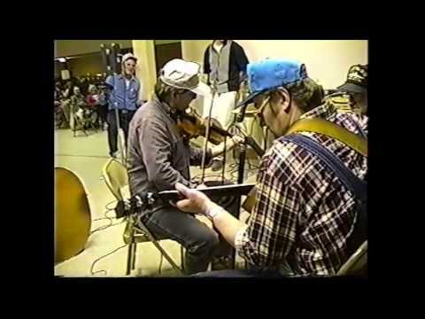 Jam Session and Dance at Wien, Missouri  (clip #13) Charlie Walden playing Forked Deer