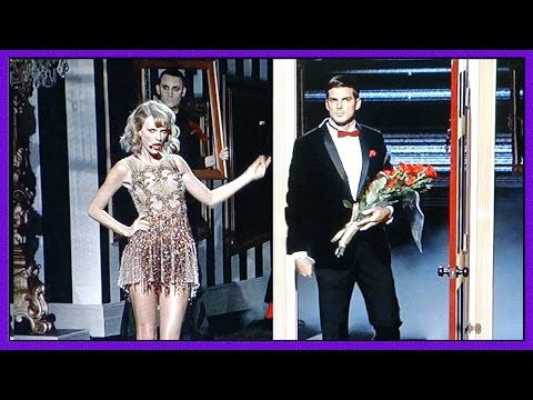 RICK MALAMBRI BRINGS TAYLOR SWIFT FLOWERS!