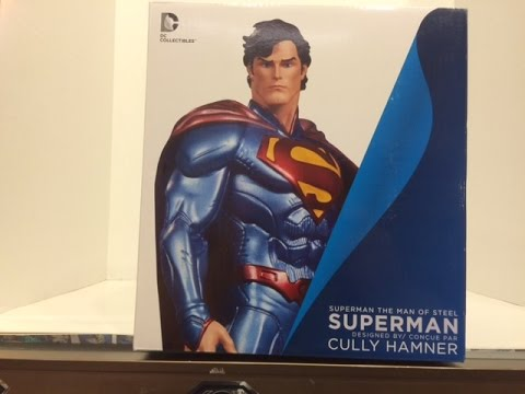Superman Statue by Cully Hamner Review.