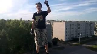 пацан прыгнул с крыши (суицид)